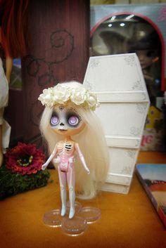 skeleton blythe dolls - Google Search