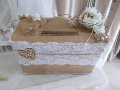completely handmade suitcase shape long by wide by high all the chic champetre codes are gathered jute lace wood adorn with delicate flowers I made a small opening underneath to collect the envellopes with all the elements present on it Wedding Favors, Wedding Ceremony, Reception, Wedding Day, Chic Wedding, Wedding Flowers, Outside Wedding, Vintage Shabby Chic, Vineyard Wedding