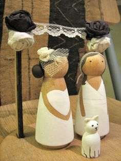 DIY Wooden Cake Toppers