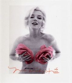 Marilyn Monroe with Pink Roses