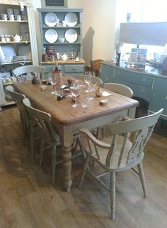 Shabby chic farmhouse style table with 4 fiddleback chairs and 2 carvers in Annie Sloan Country Grey