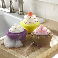 Cupcake sponges #kitchen #gadgets. I can't help it, they are cute :)