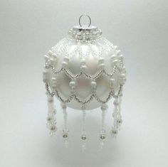 b3ae6afdb33e7ab594533fad4b8f3f0b--beaded-ornament-covers-beaded-ornaments.jpg (570×569)
