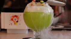 The Sugar Factory-Las Vegas. Huge fishbowl of absolute deliciousness (alcohol+candy). Order at night, and let the dry ice completely fill your table with fog on the patio overlooking the Bellagio fountains. Dry Ice Cocktails, Cocktail Recipes, Drinks, Fishbowl Cocktail, Alcohol Candy, Las Vegas Food, Sugar Factory, Vegas Vacation, Gummy Bears
