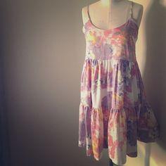 Cute floral summer dress Brand new never worn!... Tags still attached Walter Baker Dresses
