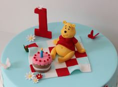 Winnie the Pooh cake by Creative Cakes by Julie, via Flickr