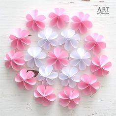 DIY Cute Paper Flowers | Follow @ventunoart | Facebook #artalltheway | #diy #diycrafts #diyvideos #diytutorial #diyproject #easydiy #paperflowers #flower #flowerstagram #flowers #artandcraft #art #craft #crafting #crafts #howto #tutorial #craftideas