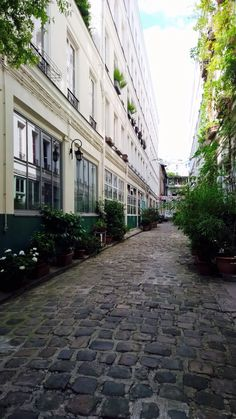 Faubourg Saint-Antoine   Np