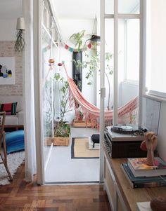Abrir uma porta do atelier para varanda do quarto