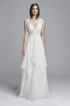 See every dress from the Christos Spring 2017 wedding dress collection, straight from the Bridal Fashion Week runways! Wedding Dress Winter, Spring 2017 Wedding Dresses, How To Dress For A Wedding, Wedding Dresses Photos, Wedding Dress Trends, Wedding Dress Styles, Spring Dresses, Designer Wedding Dresses, Bridal Dresses