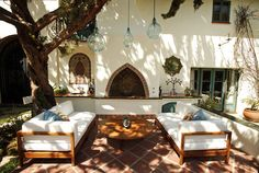 Spanish colonial courtyard at the Pasadena Showcase House of Design