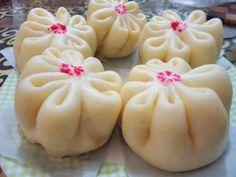 Anda pecinta bakpao? Bakpao adalah salah satu makanan khas dari China (包子/baozi). Terkadang bagi kalian yang pernah mencoba membuat bakpao, biasanya tidaklah semudah yang kita bayangkan. Kadanghas…