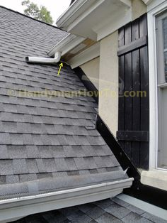 The new porch roof installation details are illustrated with the stucco apron/headwall flashing and counter flashing. A section of rotted soffit and fascia board are also replaced. Beige House Exterior, House Paint Exterior, Exterior Design, Porch Roof, Porch Area, Pvc Trim Boards, Stucco Colors, Roof Flashing, Painted Wood Floors