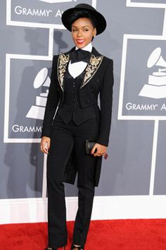 Grammy Fashion: Outrageous Outfits From Past Shows - Estrellas Del Mundo Wedding Corset, Wedding Suits, Jennifer Lopez, Grammys 2013, Grammy Fashion, Prom Outfits, Grammy Outfits, Los Grammy, Macy Gray