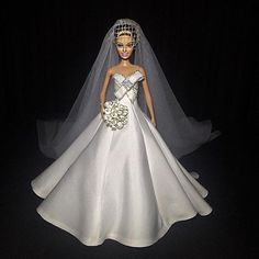 ⚜️Dreams come True ❤️⚜ #Reeleitura #sammurakammi #bride #noiva #noivasdeluxo #dress #replicated #altacostura #hautecouture #dolls #weddingdolls #barbie #barbienoiva #barbiestyle #cerimonial #weddingplanner #photo #weddingphotography #fotografiadecasamento #art #artesanal #feitoamao #handmade #sougrato #fabulous #love #glam #fabulous #love #dreams