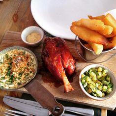Amazing lunch #hameggandchips #tomkitchin #gastropub #scranandscallie #foodporn  #stockbridgeedinburgh #stockbridge #edinburgh #scotland