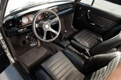 BMW 2002 Turbo 1974 interior 01