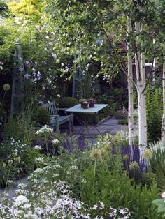 Elite garden ideas for back garden one and only kennyslandscaping.com Small Cottage Garden Ideas, Unique Garden, Cottage Garden Design, Small Garden Design, Backyard Cottage, Small Garden With Trees, Small Garden Planting Ideas, Garden Hideaway Ideas, Garden Design Ideas