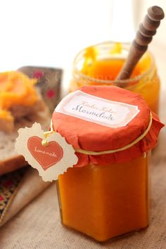 Have you ever had pumpkin jam before? I haven't, until two weeks ago...  Now that pumpkins are in season I am constantly looking for insp...