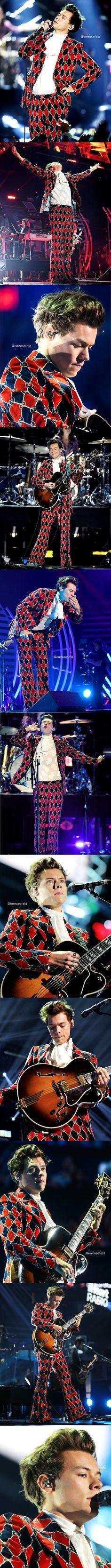 Harry Styles | iHeartRadio Music Festival 9.22.17 | emrosefeld |