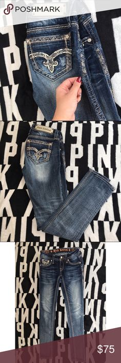 Rock Revival Jeans 25✨ Rock Revival jeans size 25 July cuffed skinny. Very good condition little to no signs of wearing. Beautiful detailing. 31 inch inseam. Rock Revival Jeans Skinny