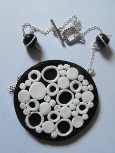 Retro de negro & blanco de arcilla polimérica por RoseOfTheFlames, $16.00