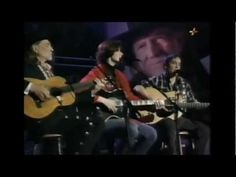 A rare collaboration between Paul Simon, his wife Edie Brickell, and Willie Nelson via danielkerryann , youtube