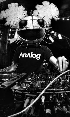 Deadmau5 #DJ #Mouse #Mask