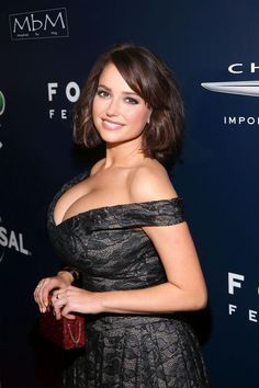 Actress Milana Vayntrub attends the Universal NBC Focus Features E Entertainment Golden Globes after party sponsored by Chrysler on January 8 2017 in. Beautiful Celebrities, Beautiful Actresses, Gorgeous Women, Beautiful Beach, Beautiful People, Sexy Women, Jolie Lingerie, Glamour, Sexy Hot Girls