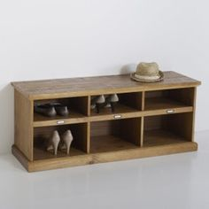 MAYOR Solid Pine 24 Pair Shoe Storage Unit with Cupboard LA REDOUTE INTERIEURS .This shoe tidy spells the end of shoes left strewn around the house! Shoe Storage Unit, Storage Basket, Porch Storage, Storage Spaces, Hallway Bench, Entry Bench, Coat Rack Shelf, Bench Furniture, Kiefer