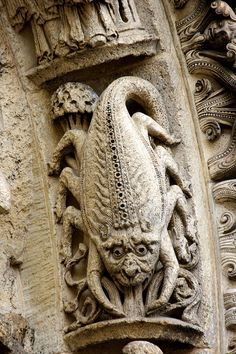 Scorpion (west portal) of Chartres Cathedrel, Chartres, France / A Menagerie of Church Gargoyles Includes Aliens and Astronauts Gothic Architecture, Architecture Details, Ancient Architecture, Gothic Gargoyles, Architectural Sculpture, Architectural Elements, Medieval Art, Medieval Fantasy, Romanesque