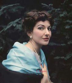 Maria Callas, The Greek Beauty.