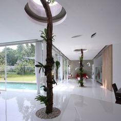 R-House-by-Budi-Pradono-2.jpg (468×468)