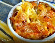"""""""Мак энд чиз"""", или проще - макароны с сыром - одно из типичных американских блюд с историей... Существуют разновидности макарон с сыром, но, согласно рецепту из кулинарной книги """"The Virgina Housewife"""" датированной 1824 г., основными ингредиентами традиционно считаются макароны (естественно! ), сливочное масло и сыр... На сайте есть рецепты аналогичного блюда, но я хочу предложить вашему вниманию его версию, """"обогащенную"""" обжаренным беконом с луком!!! Я бы ..."""