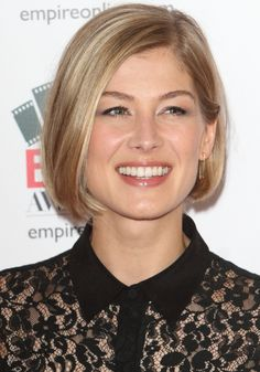 rosamund pike haircut | Rosamund Pike Weight Height Measurements Bra Size Ethnicity