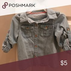 🌸3T button up shirt🌸 🌸🌸Light washed denim, Genuine Kids from Oshkosh shirt. Size 3T gently loved🌸🌸🌸 Shirts & Tops Button Down Shirts