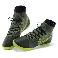 http://www.sportseve.com/footballshoes-Nike-55198-p-55198.html