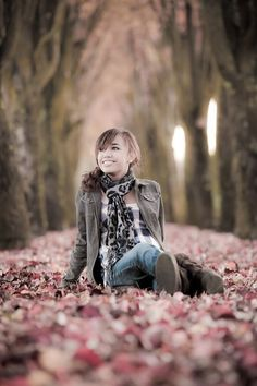 I like this for my daughter, we won't have fall leaves but just like the style of the photo :)