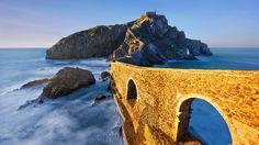 San Juan de Gaztelugatxe, Bermeo, Basque Country, Spain (© Mimadeo/Shutterstock) – 2016-03-26 [http://www.bing.com/search?q=Gaztelugatxe&form=hpcapt&filters=HpDate:%2220160326_0700%22]