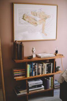 Sovrummet – med ny hylla och nya tavlor Polaroid Display, Polaroid Wall, Target Home Decor, Home Decor Items, Hipster Bedroom Decor, Teen Decor, Grunge Room, Flora, Fashion Room