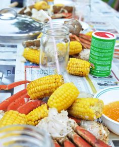 A yummy crab party lining a big table with newspaper, cook a lot of snow crab, shrimp, melt some butter, add some seasoning. Seafood Boil Party, Seafood Menu, Seafood Appetizers, Seafood Dishes, Seafood Lasagna Recipes, Linguine Recipes, Risotto Recipes, Lobster Bake, Crab Bake