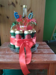 Projects To Try, Gift Wrapping, Humor, Birthday, Gifts, Breakfast Nook, Decorating Ideas, Gift Wrapping Paper, Cheer