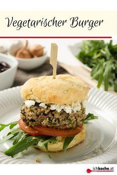 Du bist auf der Suche nach einem vegetarischen Burger-Rezept? Dann legen wir diese Rezept ans Herz. Mit Käferbohnen, Couscous, Schafskäse und Gemüse gepimpt macht er auf dem nächsten Grillfest so einiges her. Try it!😋 Sandwiches, Ethnic Recipes, Couscous, Wordpress, Food, Vegetarian Recipes, Hamburger Buns, Food Food, Search
