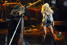 Rockin' on stage - CMT Crossroads: Steven Tyler & Carrie Underwood