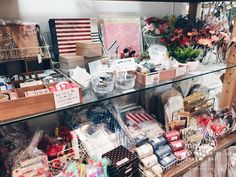 Zakka shop in Japan, Craft materials in Japan, 100 yen shop, 300 yen shop, Natural Kitchen, Kitchen Kitchen, 3 Coins, Can Do, Yuzawaya, Kiwaseisakujo