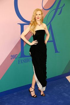 Nicole Kidman wearing Oscar de la Renta at the CFDAs awards. Fashion. Look. Outfit.