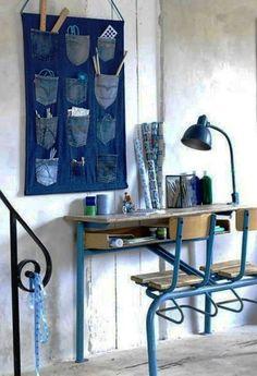 PORTA TRECOS |  Versátil como o velho e bom jeans, ele vai bem em todos os ambientes. Do ateliê ao home office. do  hall de entrada ao quarto e até a cozinha.Que tal? #inspiracao #decoracao  #portatrecojeans #DIY #ficaadica #SpenglerDecor