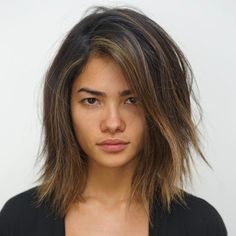 Shoulder-Length Hair with Highlights