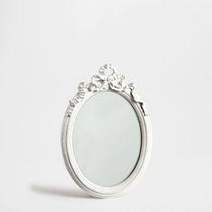 Espejo metal redondo flores esta semana novedades for Espejo blanco envejecido