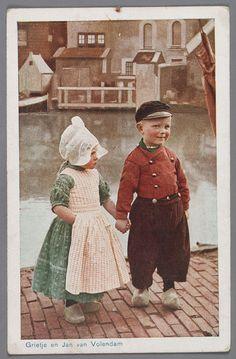Grietje en Jan van Volendam 1940-1946 Too Cute!